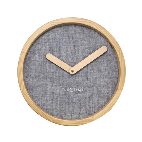 Calm Design Wall Clock