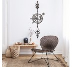 Compas metal decoration in a home decor inspiration