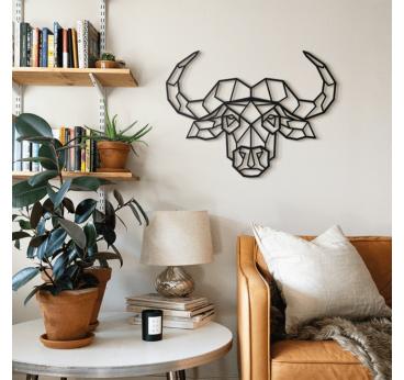 Décoration métallique de buffle design dans un intérieur tendance et contemporain