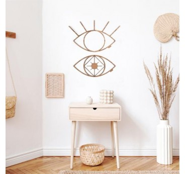 Eyes wood wall decoration with a design touch for a boho interior