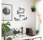 Décoration murale design home sweet home dans un salon boho chic