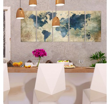 Retro printed canvas of the world map in a modern and design wall decoration