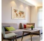 Ce tableau décoratif de carte du monde classique donne une touche vintage à votre déco murale salon