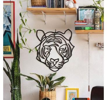 Un tigre design tout en décoration murale métallique pour créer un intérieur animal et moderne