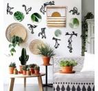 Salon tendance avec notre décoration murale de singe en métal pour une déco design