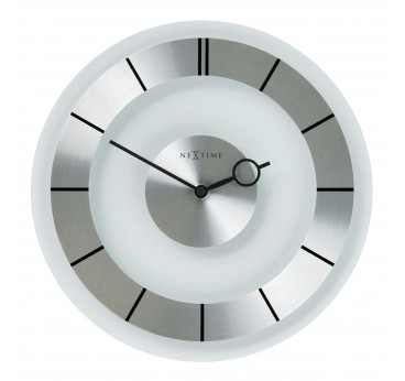 Modern wall clock in silver color for a contemporary interior