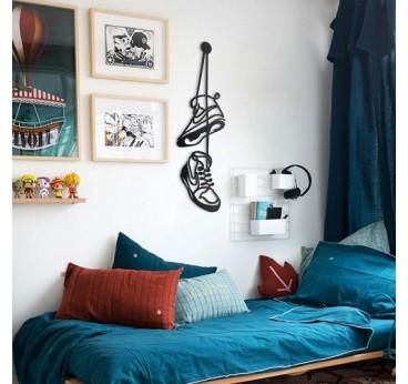 Décoration murale métallique de chaussures air Jordan pour créer un intérieur design