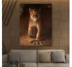 Tableau animal de Simba dans des couleurs oranges pour votre décoration murale moderne