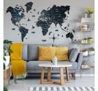 Décoration murale bois avec notre carte du monde noire pour un intérieur contemporain