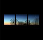 Tableau paysage d'un parc d'attraction en trois panneaux
