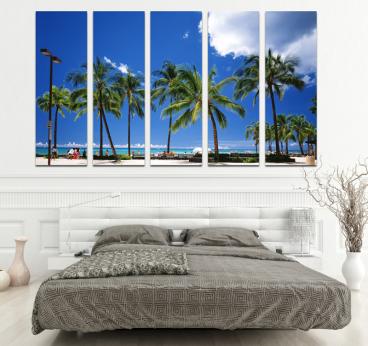 Salon moderne avec notre tableau multiple de Miami