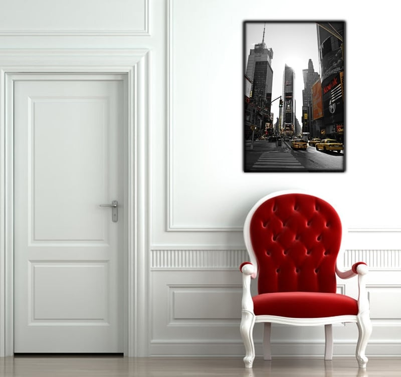 Go to Broadway with the yellow cabs to decorate your wall with this modern decoration