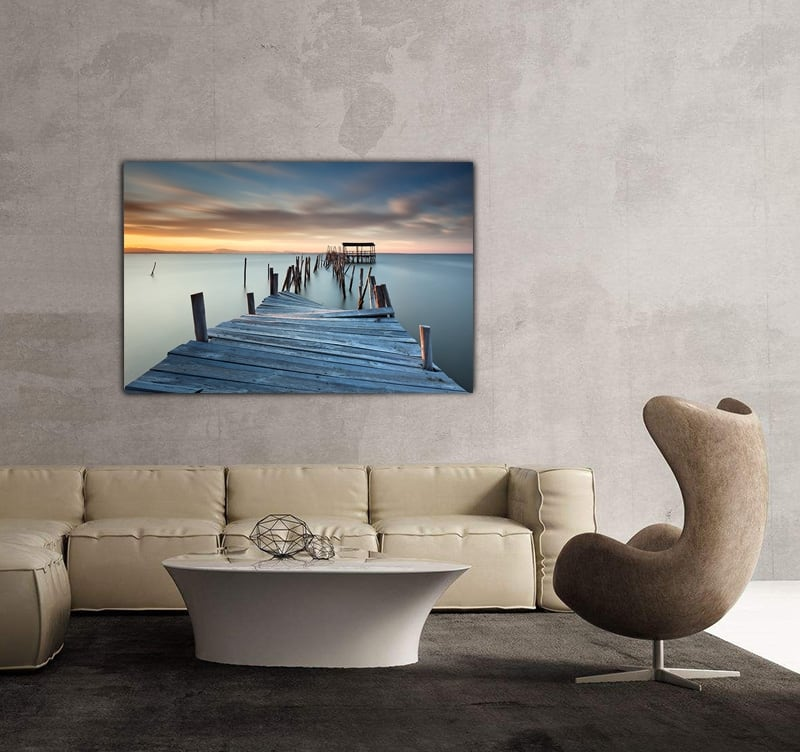 Photo d'art zen pour décoration murale d'un ponton qui s'évade dans l'eau