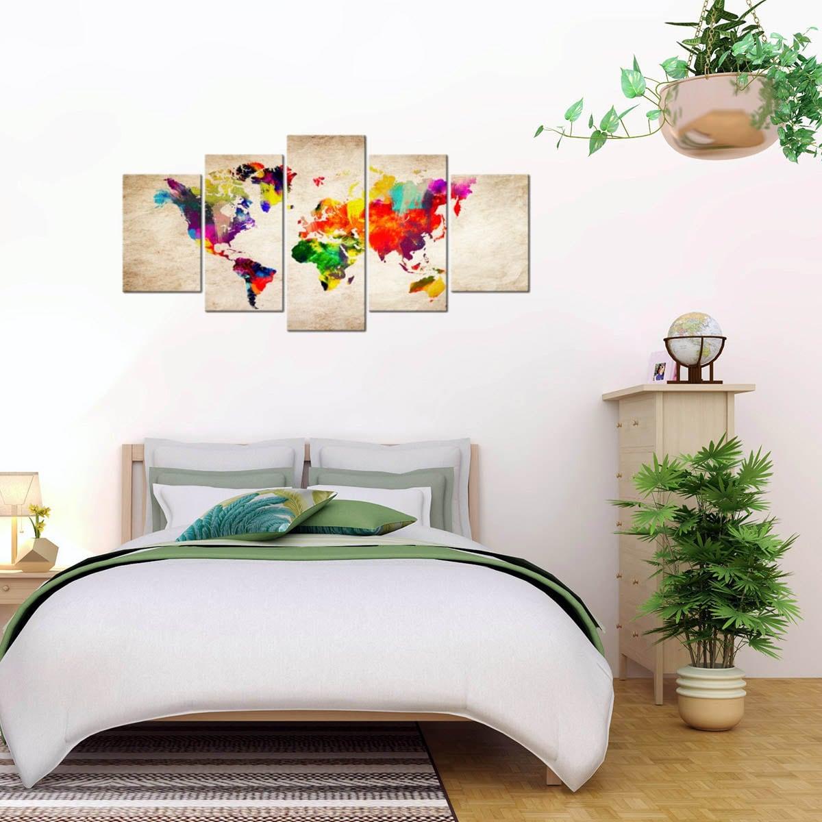 Tableau design multiple de la carte du monde en plusieurs couleurs