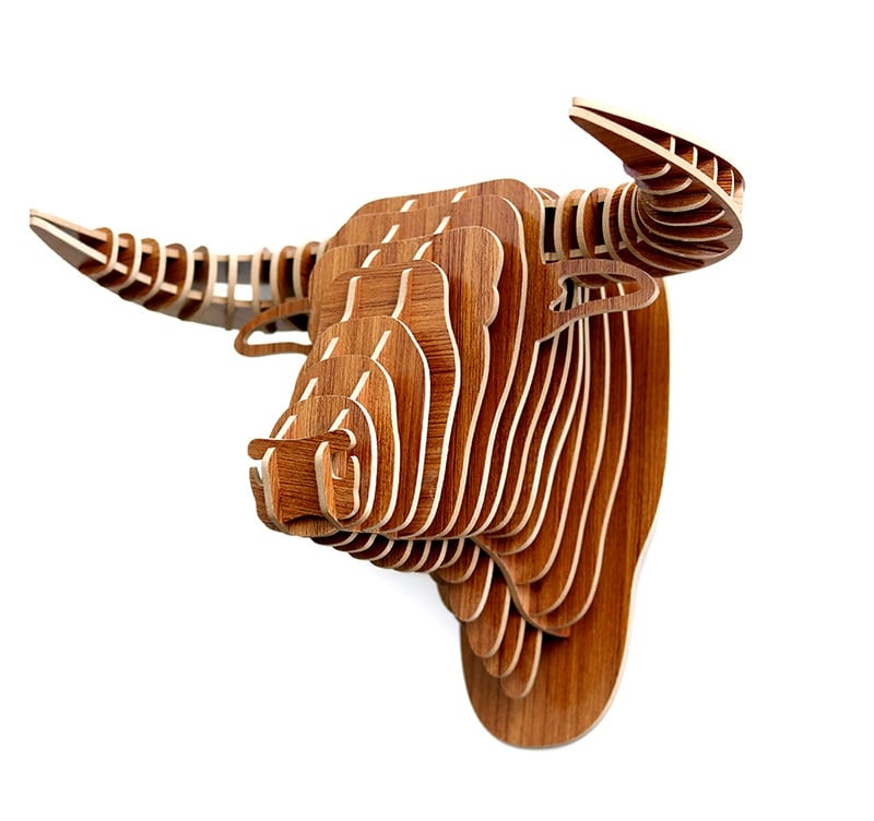 Wall trophy decoration of a buffalo for a trendy interior and a nature touch