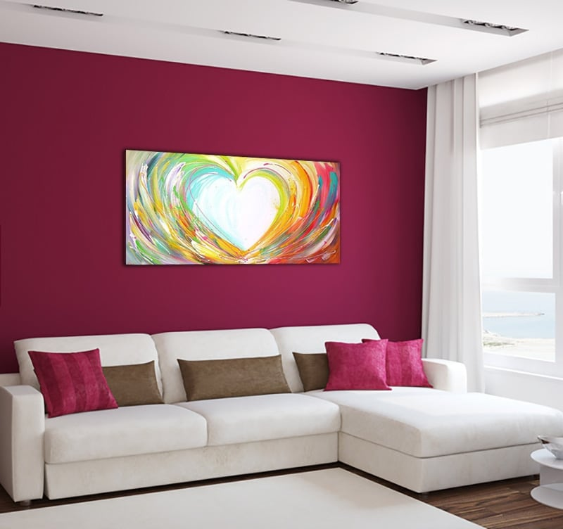 Design oil painting of a heart to decorate your home with a contemporary touch
