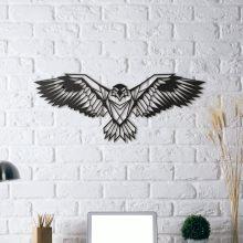 Décoration murale métal design d'un aigle en plein envol pour un intérieur déco