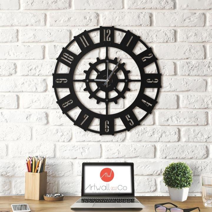Horloge murale moderne en métal pour une déco unique