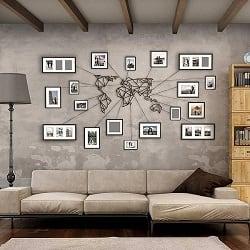 Décoration murale design d'une carte du monde dans un intérieur moderne et industriel