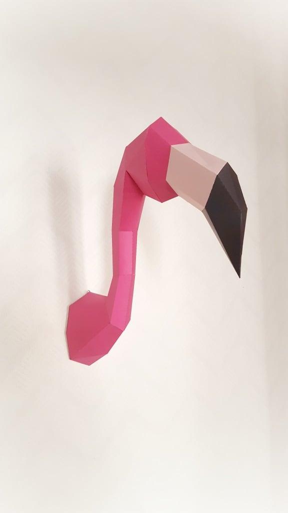 Trophée papier design d'un flamant rose pour voter décoration murale