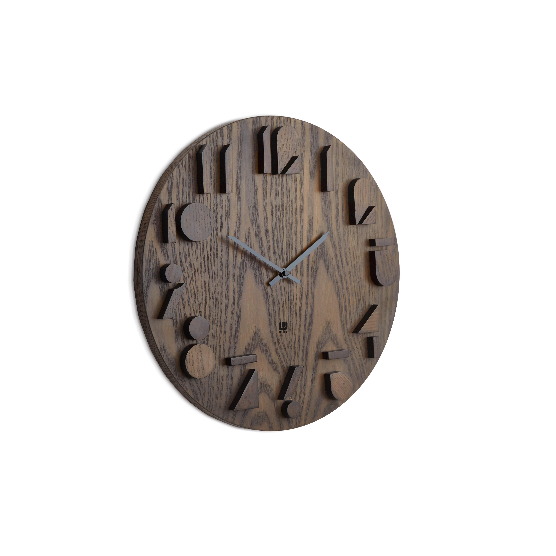 Grande horloge murale bois pour un intérieur cosy et zen