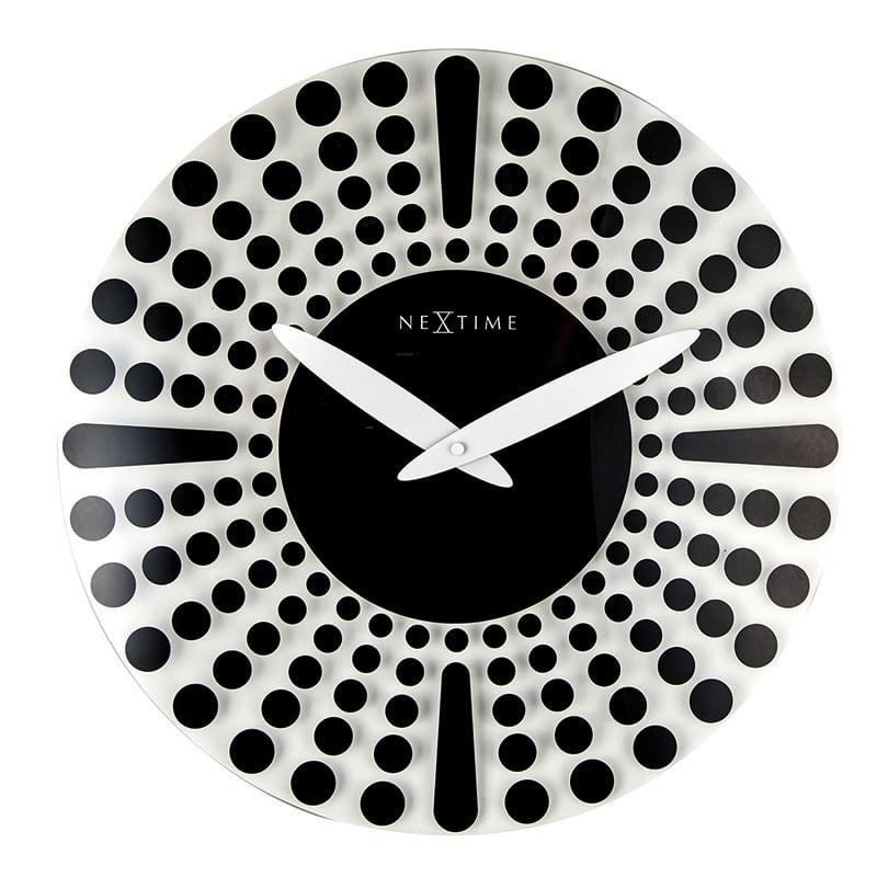 Horloge murale design en verre et noir pour un intérieur moderne