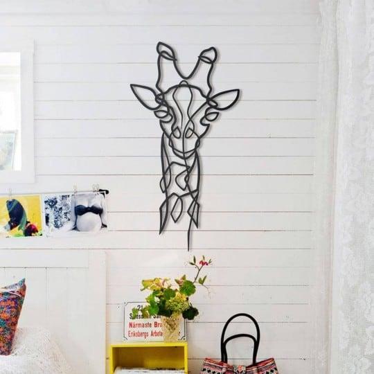 Décoration murale métallique de girafe design pour votre intérieur