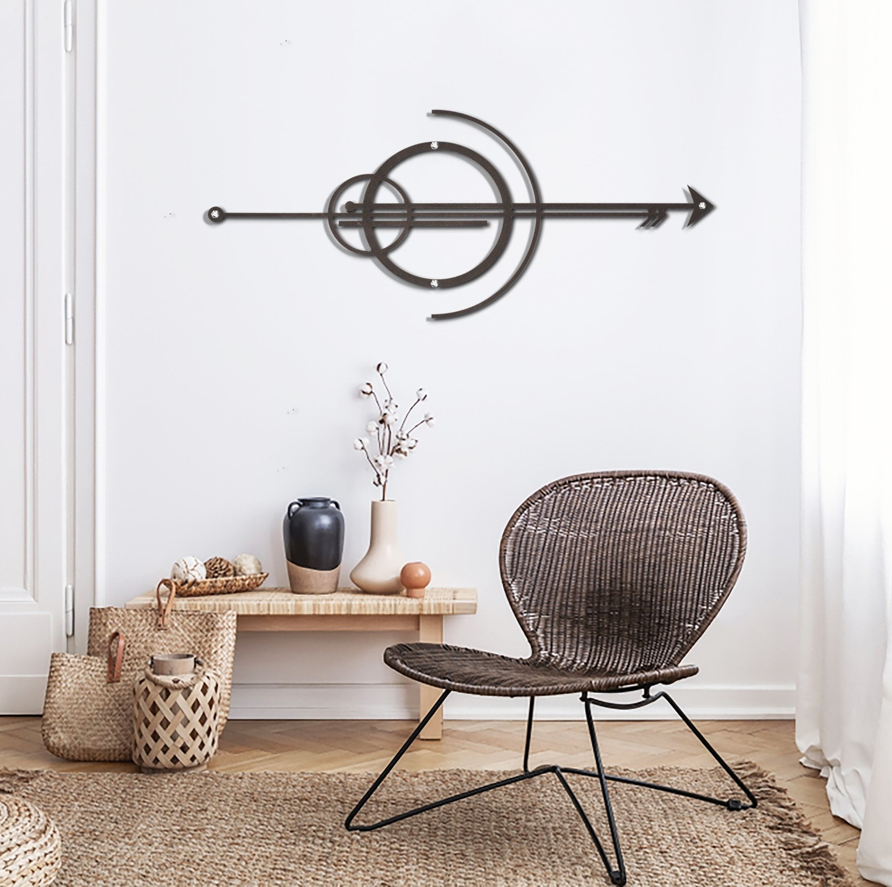 Arrow metal wall decoration for a unique space into your room