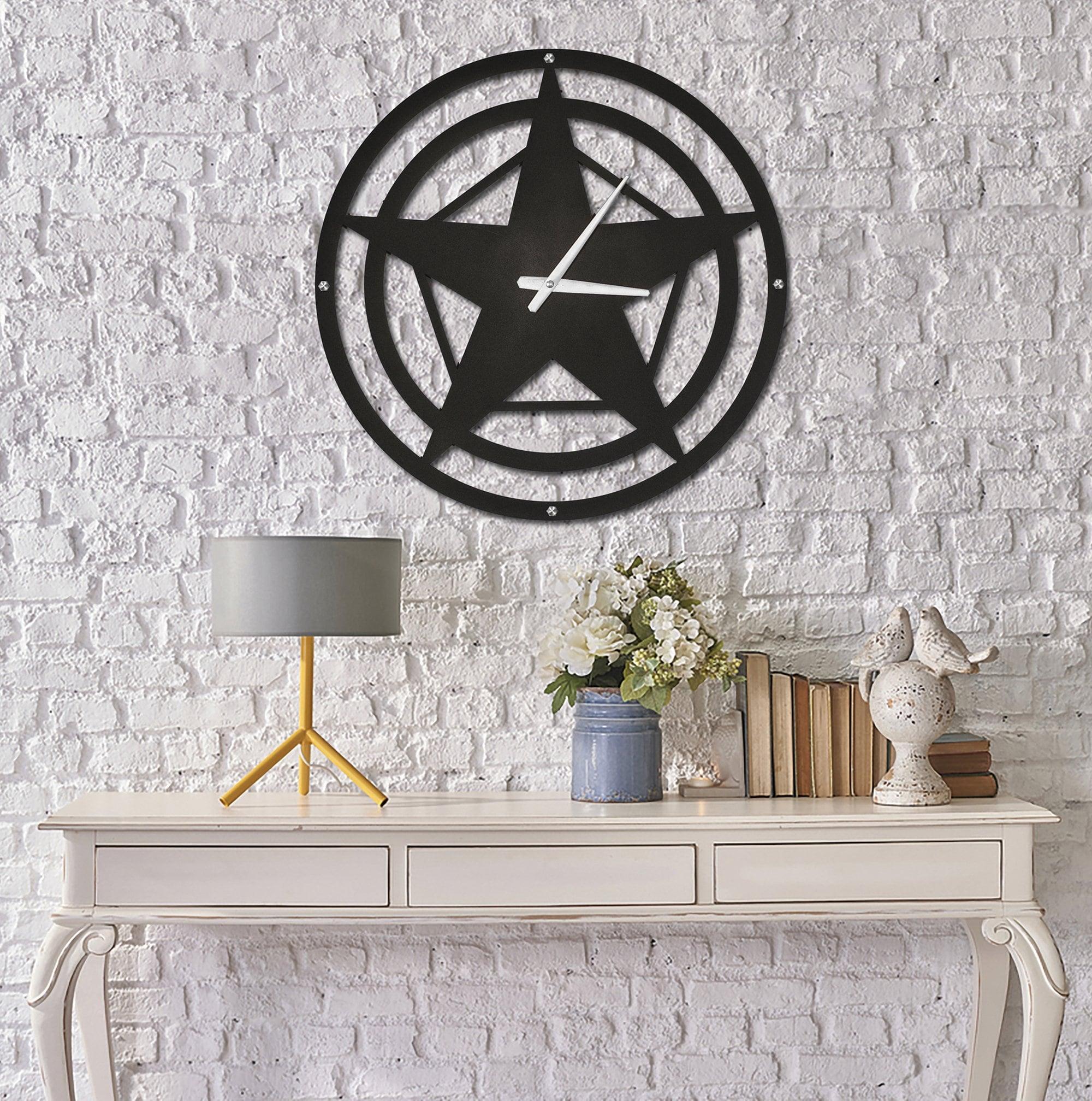 Horloge Murale Star en métal pour une déco contemporaine