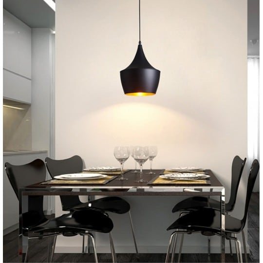 Curve metal wall lamp for a modern wall interior