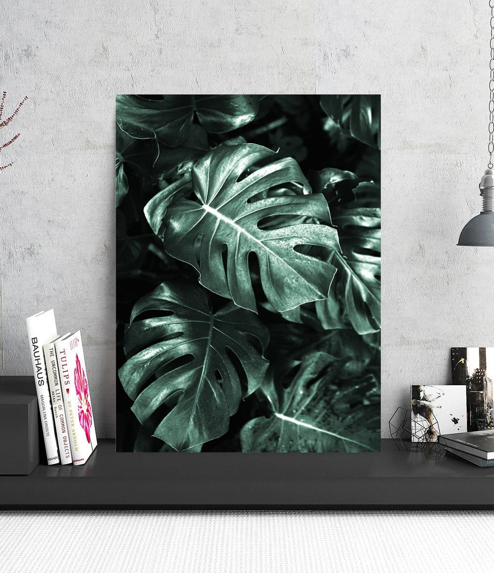Monstera aluminium wall decoration for a tropical interior