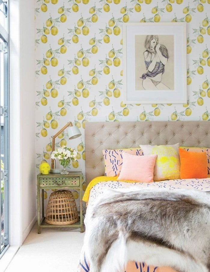 Lemon wallpaper with a yellow touch for home decor