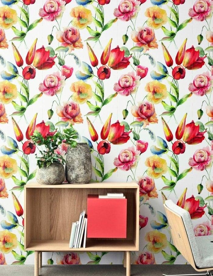 Modern floral wallapaper for a unique interior decoration