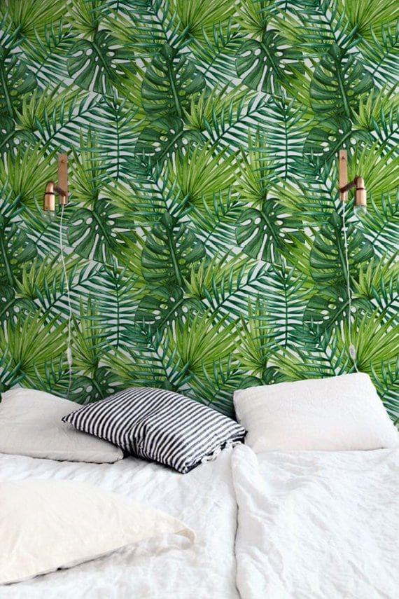 Tropical wallpaper for a unique touch into your wall decoration