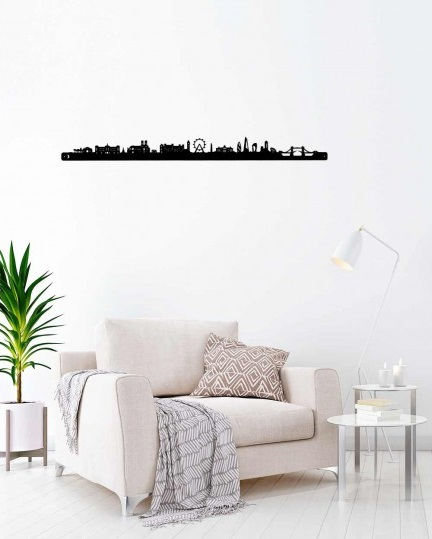 Metal wall skyline of London with a modern touch