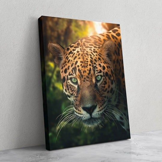 Animal wall art canvas of a leopard as a wall decoration on canvas