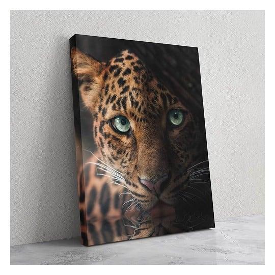 Tableau de léopard avec un regard unique pour votre décoration murale