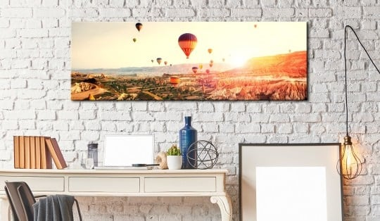Wall art canvas of hot balloon in the air for a design interior