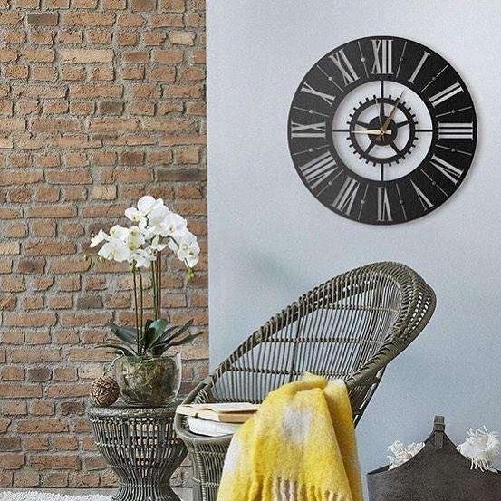 Horloge murale de salon