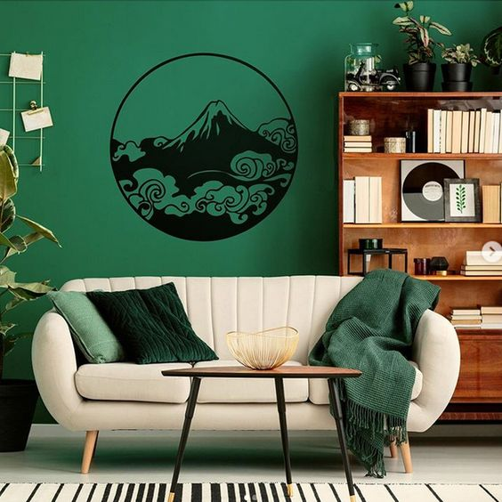 Green wall decoration for interior